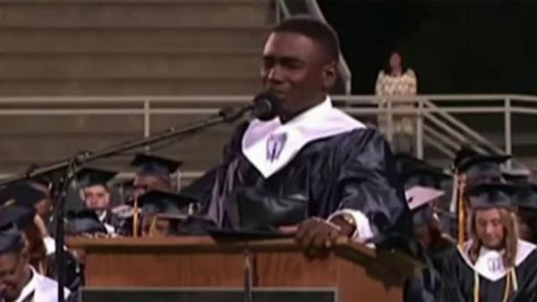 viral-graduation-video-deon-vs-earth