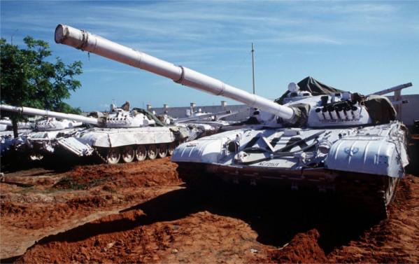 UN-tanks-in-usa-deon-vs-earth